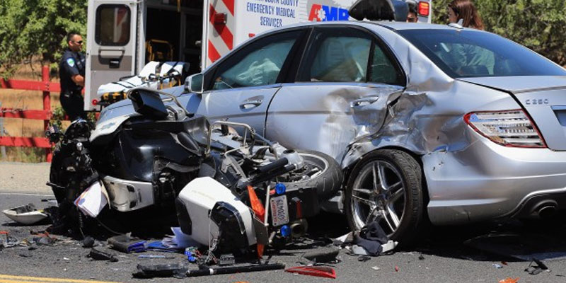 Motorcycle accident / car Accidents